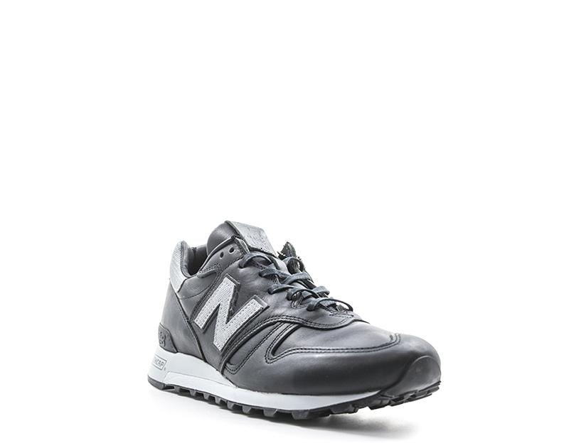 Scarpe NEW BALANCE Uomo Sneakers trendy  NERO Pelle naturale M1300BOK